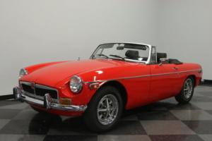 1974 MG MGB Photo