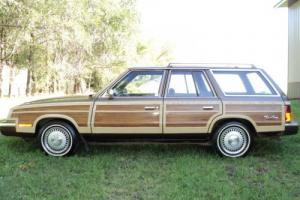 1984 Chrysler Town & Country LeBaron
