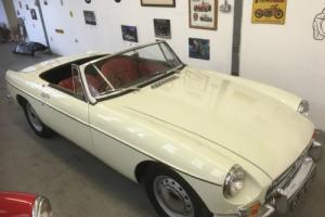 1962 MGB PULL HANDLE GREAT COLLECTOR CAR AS FIRST YEAR OF PRODUCTION 3 OWNERS