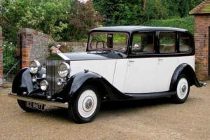 1937 Rolls Royce 25/30 Six Light Saloon by Hooper & Co.