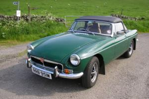 1974 MGB GT ROADSTER GREEN MANUAL LOW MILEAGE