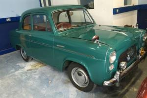 1957 FORD ANGLIA DE LUXE 2 DOOR Photo