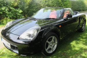 2001 Toyota MR2 MK3 Roadster Photo