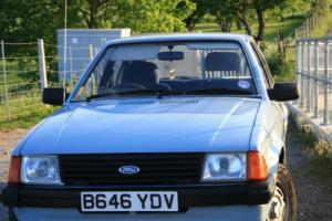 Ford Escort Mk3 1985 1.3 GL – Repair Project with Lots of Extra Spares