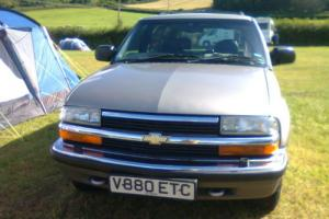 CHEVROLET GMC BLAZER LT V6 VORTEC 4x4 AUTO SILVER SUV / LIGHT TRUCK RHD Photo