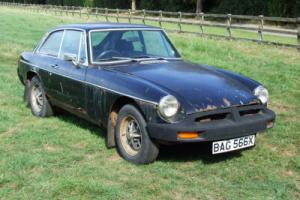 MGBGT MGB GT BARN FIND NEEDS RESTORATION, MG MGB RESTORATION BARN FIND Photo
