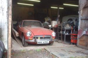 Barn find MG B GT RED £1 No reserve