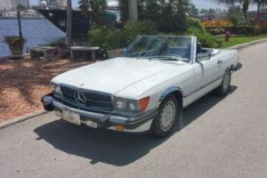 1987 Mercedes-Benz SL-Class 560SL Photo