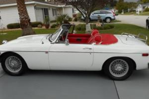 1976 MG MGB MGB Photo