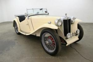 1949 MG TC Roadster Photo