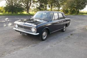 1970 mk2 Ford Cortina De Luxe bench seat