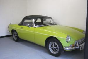 MGB ROADSTER 1974 CHROME BUMPER 8 MONTHS MOT. NEW TYRES, NEW SOFTOP .