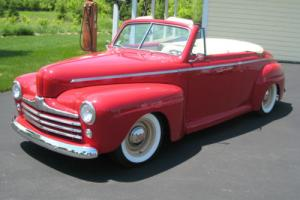 1946 Ford CONVERT. DELUXE