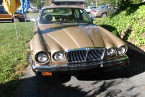 1985 Jaguar XJ6 Photo