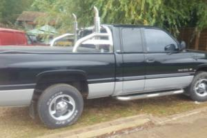 2001 DODGE Ram 15000 (USA) BLACK Petrol 5200 5.2 Laramie SLX V8 Pick Up Truck