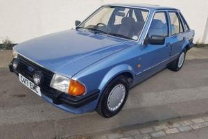 FORD ESCORT MK3 1.6 GHIA AUTO ONLY 27K MILES RARE POWER STEERING 5 DOOR IN BLUE