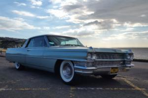 american 1964 Cadillac DeVille 2 door Hadtop Pilarless Coupe - daily driver!