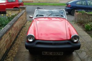 1976 MG MIDGET 1500 RED
