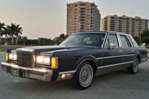 1989 Lincoln Town Car Special Edition