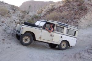 1967 Land Rover LR2 Photo