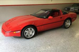 1990 Chevrolet Corvette ZR1 Photo