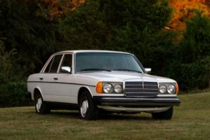 1977 Mercedes-Benz 300-Series 300D