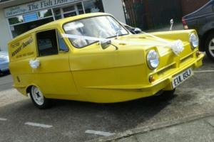 reliant regal van del boy only fools and horses van Photo
