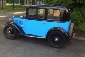 classic car Austin 7 box saloon 1933