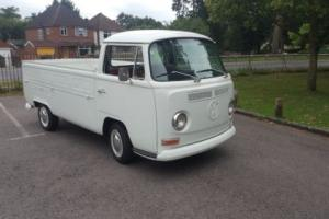 1971  vw pick up ,single cab, low front light, small rear light, rust free