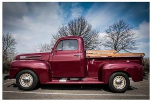 ****** Relisted due to time waster . MUST SEE Stunning American 1949 Ford pick u Photo