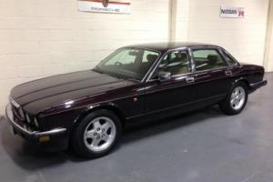 1993 L JAGUAR XJ6 XJ-6 3.2 AUTO,ALLOYS,ELECTRIC PACK,HLAF LEATHER/SUEDE,2 KEYS.. Photo