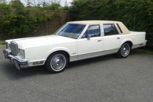 1983 LINCOLN TOWN CAR Photo