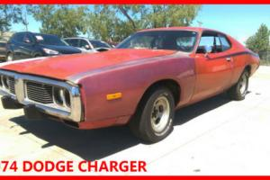 Dodge Charger 1974 - 318 cu in - 5.2L  - easy project - classic american