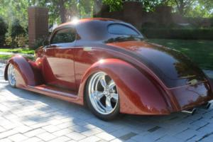 1937 Ford 3 WINDOW COUPE STREET ROD / SHOW CAR