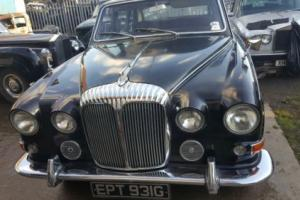 Daimler DS420 Limosine Ex Royal pool Car**Diana**