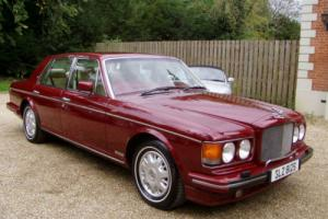 Bentley Brooklands 6.8 auto 1995/m sold with private plate Photo