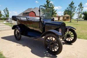 1917 Ford Model T Touring Car