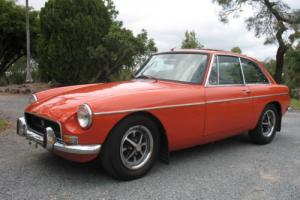 Great 1973 mgb gt 4 speed manual with overdrive coupe with rare sunroof