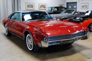1967 Oldsmobile Toronado Photo