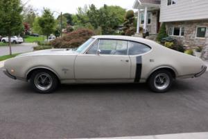 1968 Oldsmobile Cutlass Holiday Coupe