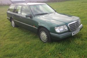 Mercedes E280 Estate Superb Condition Celeb owned ! Extra's Great Driver Photo