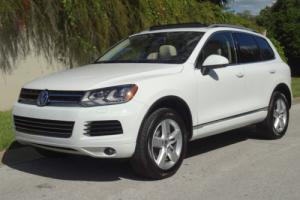 2013 Volkswagen Touareg LUX VR6 4Motion Photo