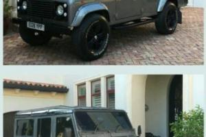 1987 Land Rover Defender Photo