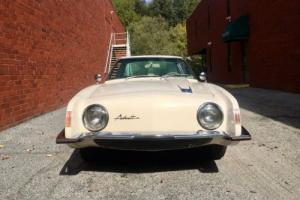1963 Studebaker Avanti Photo
