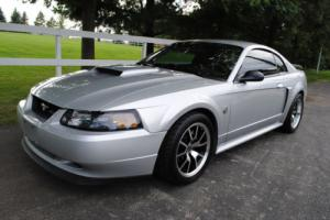 2004 Ford Mustang 2dr Coupe GT Deluxe