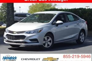 2017 Chevrolet Cruze 4dr Sedan Automatic LS Photo