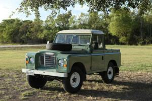 1984 Land Rover Series 3 SWB SWB truck cab Photo