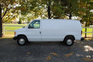 2001 Ford E-Series Van E-150