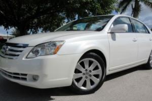 2007 Toyota Avalon XLS Photo