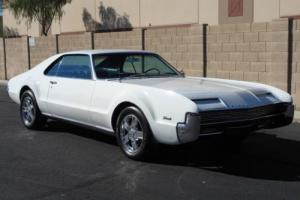 1966 Oldsmobile Toronado N/A Photo